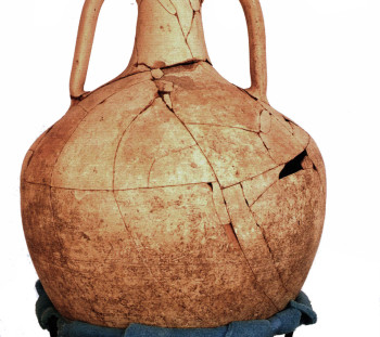 Commercial, pointed – base amphora