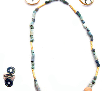 Valtos Topolianis cemetery: Necklace, earrings and an eight-shaped ring – grave offerings of Late Bronze Age